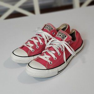Pink Converse All Star Chuck Taylor Low Top ⭐